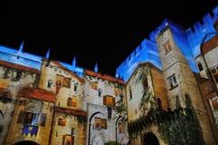 在教皇宫,阿维尼翁的轻的展示 免版税库存图片