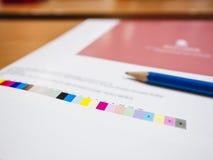 在数字式打印垂距产业的颜色图表 免版税库存照片