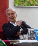 在文学马里奥・巴尔加斯・略萨的诺贝尔laureat在书世界布拉格2019年 免版税库存图片