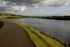 在斯内克河LEWISTON堤坝的生活 免版税库存图片