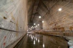 水在斯勒尼克Prahova盐矿 库存照片