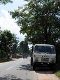 在斯里兰卡的海岛上的印地安汽车`陶陶` 库存图片