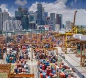 在新加坡港口的垂直的全景顶视图 图库摄影