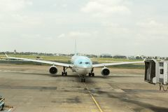 在新山一国际机场, HCM,越南的韩航 免版税库存照片