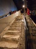 在新打开的9/11纪念品的台阶在爆心投影, NYC 免版税库存图片