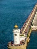 在新的口岸附近的灯塔在毕尔巴鄂,西班牙 免版税库存图片