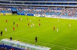 在新的翼果竞技场体育场测试足球比赛 库存图片