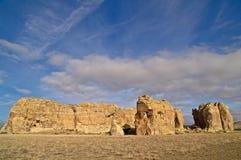 在新的镇岩石附近的acoma形成墨西哥 免版税图库摄影