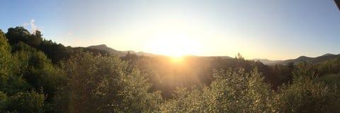 在新罕布什尔白色山的全景日出  免版税库存图片