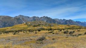 在新西兰登上星期天,魔戒电影Edoras场面的摄制地点, 免版税图库摄影