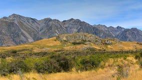在新西兰登上星期天,魔戒电影Edoras场面的摄制地点 库存照片