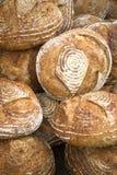 在新鲜上添面包 免版税库存照片