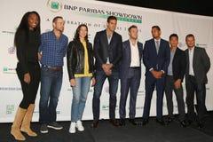 在新闻招待会期间的网球超级明星在法国巴黎银行摊牌第10个周年网球事件前在艾塞克斯NY的议院旅馆 库存照片