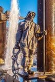 在方形的t'Zand的喷泉在布鲁日,比利时 库存照片