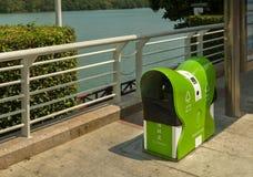 在旅游市的街道的垃圾容器三亚 免版税图库摄影