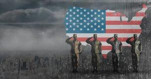 在旗子前面的退伍军人日战士 库存图片
