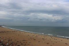在无休止的海的多云天空 免版税库存图片
