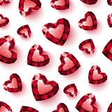 在无缝白色的背景的发光的红色红宝石心脏 免版税库存图片