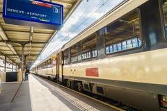 在日内瓦Cornavin机场铁路驻地HDR的平台 库存图片