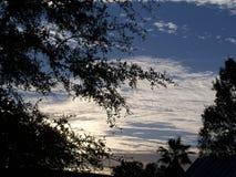 在日出之后,多云早晨 库存图片