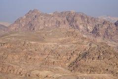 在日出光,南约旦的Petra山 免版税库存照片