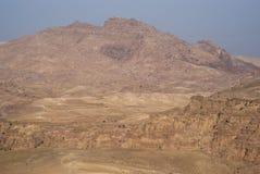 在日出光,南约旦的Petra山 库存图片