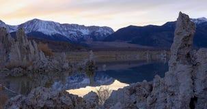 在日出的单音湖凝灰岩 股票视频