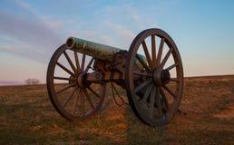 在日出的大炮在葛底斯堡 图库摄影
