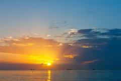 在日出的大西洋 免版税图库摄影