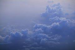 在日出的天空云彩 库存照片