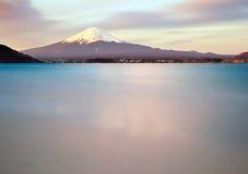 在日出的富士mt 图库摄影
