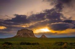 在日出的波尼族印第安小山 库存图片