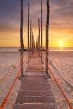 在日出的海边跳船在特塞尔海岛,荷兰上 库存图片