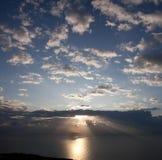 在日出的海洋 库存照片