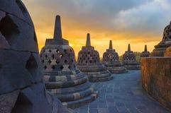在日出的Borobudur寺庙, Java,印度尼西亚 免版税库存图片