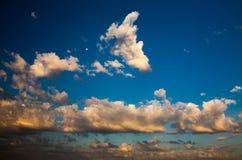 在日出的Cloudscape 免版税库存照片
