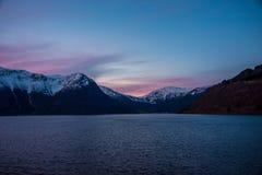 在日出的Eidfjord挪威 免版税图库摄影