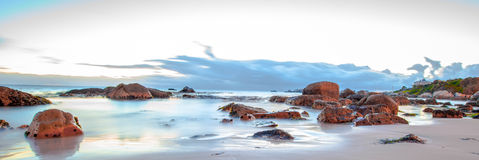 在日出的Oceanscape 图库摄影