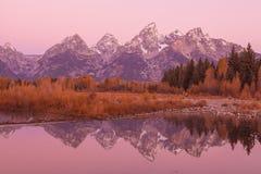 在日出的Teton反射 库存照片