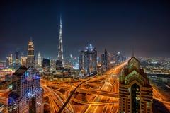 在日出,阿联酋期间的迪拜地平线 免版税库存照片