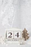 在日历的圣诞前夕日期 12月24日 免版税库存照片