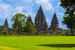 在日惹附近的巴兰班南寺庙在Java海岛-印度尼西亚上 免版税库存图片
