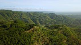 在日惹Panguk小山的美好的空中风景 股票录像