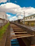 在日本乡下中间的一条河 免版税库存照片