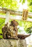在日本寺庙的入口门 免版税库存照片