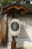 在日本寺庙的灯笼 免版税库存照片