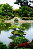 在日本扔石头的水里面的beautifull门 免版税库存照片