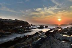 在日本海岛的日落太平洋的 免版税库存照片