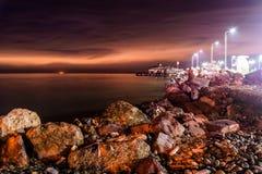 在日落以后的奇怪的残光在Cinarcik -土耳其 免版税图库摄影