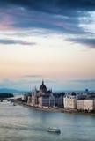 在日落前的布达佩斯 免版税库存图片
